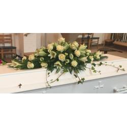 Kistepynt med hvide blomster Nr 4 - 1